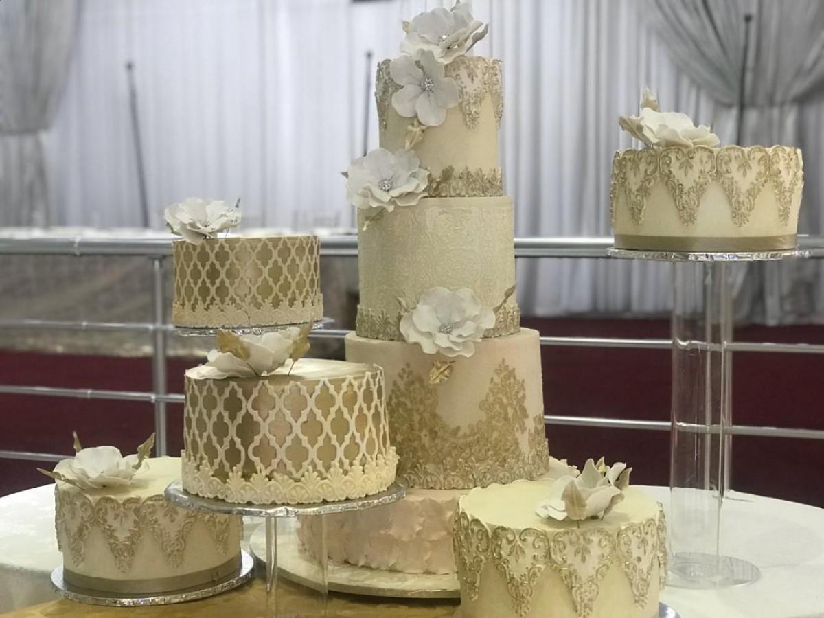 Dynasty Cakes
