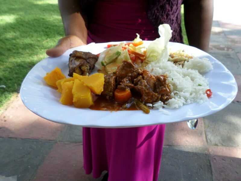 Vee's Catering Services