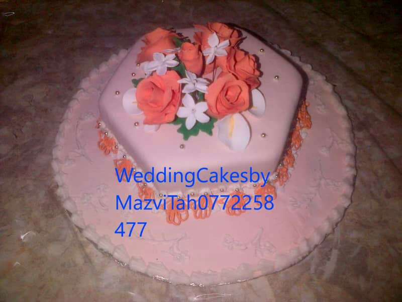Wedding Cakes by MazviTah